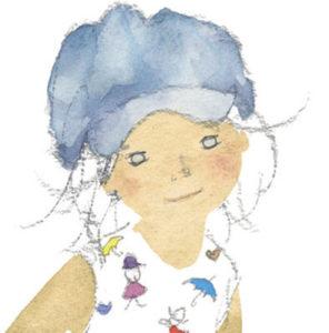 スケッチブックを持つ青い帽子の少女