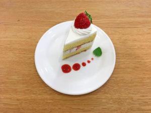 絵本カフェ感謝デー限定 いちごのショートケーキ